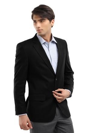 Siyah Ceket Altına Hangi Pantolon Giyilmeli?